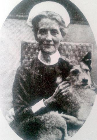 Edith Cavell and her dog. After her death, 'Jack' was adopted by Princess Mary de Croy. He died in 1923, and his stuffed remains can be seen in the Florence Nightingale Museum, St Thomas' Hospital, London. (IWM http://www.iwm.org.uk/collections/item/object/30083371)
